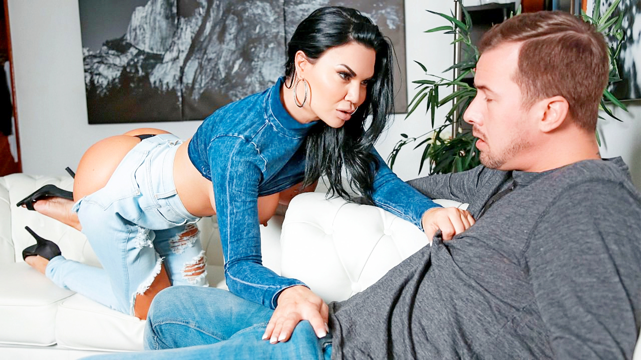 Jasmine Jae – Too Thicc For Skinny Jeans – 07/21/19