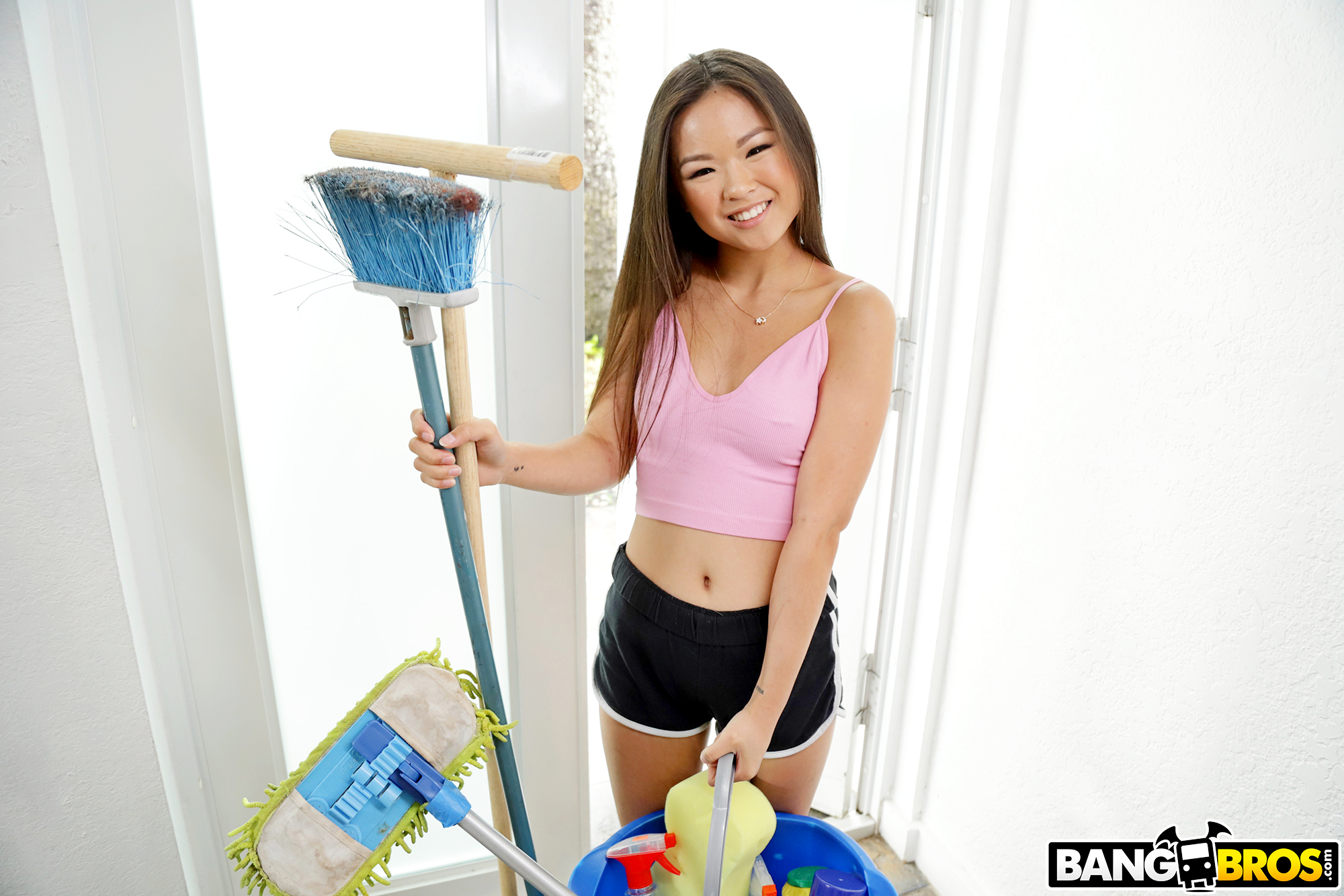 Lulu Chu, Here To Clean Your Cock – 07/23/19