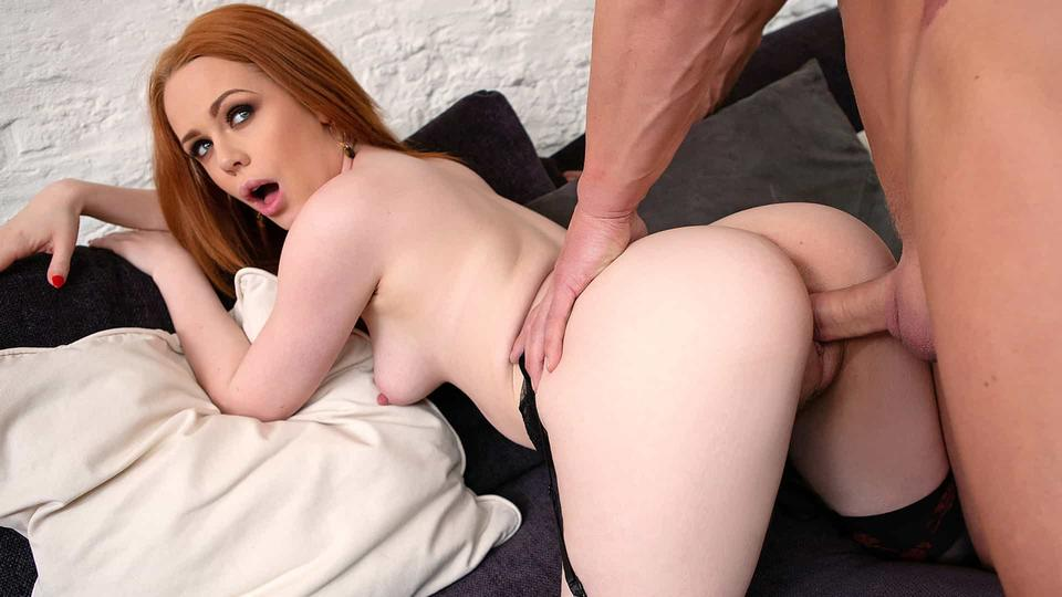 Ella Hughes – X-Rated After Work Oral – 06/05/19